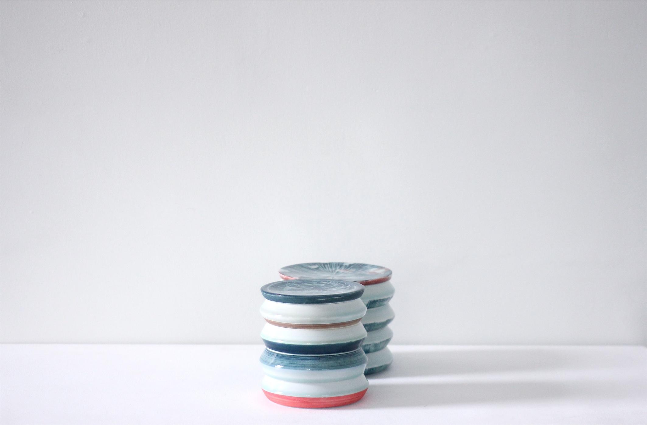 Adam Frew, Stacking I and III, porcelain