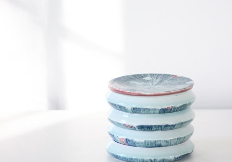 Adam Frew, Stacking I, porcelain, 16.5 x 19cm, EUR320