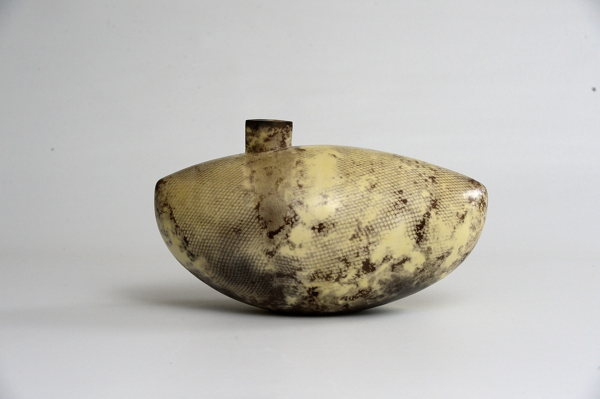 Alison Kay, Yellow Mesh Ovoid Vessel, ceramic , 18 x 32 x 16cm, EUR 600