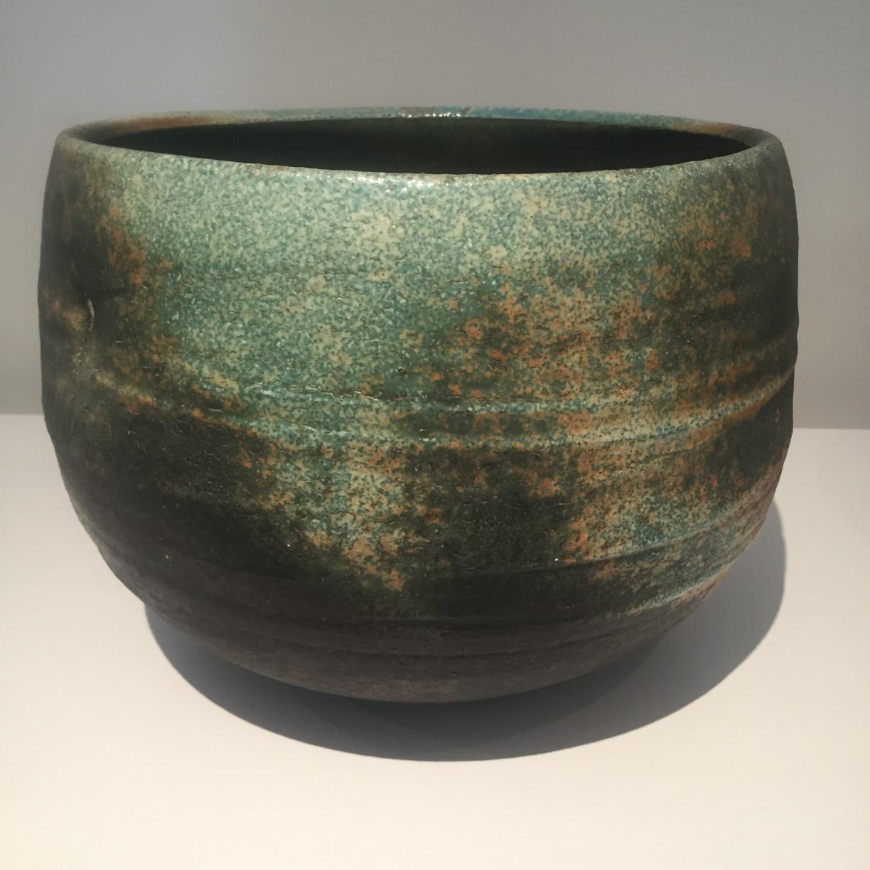 Jack Doherty, Black Guardian Vessel, soda fired crank clay, 28 x 34cm EUR 2280