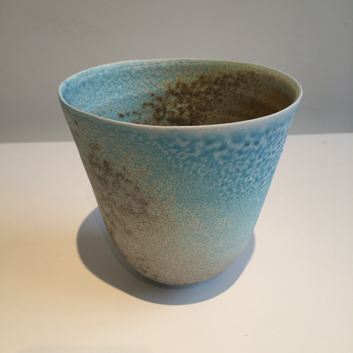 Jack Doherty, Conical Form 3, soda fired porcelain, 12 x 12cms, EUR 190