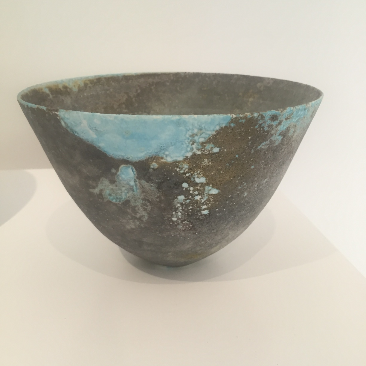 Jack Doherty, Smoky Grey & Blue Conical Form, soda fired porcelain, 16 x 21.5cm EUR 286 SOLD