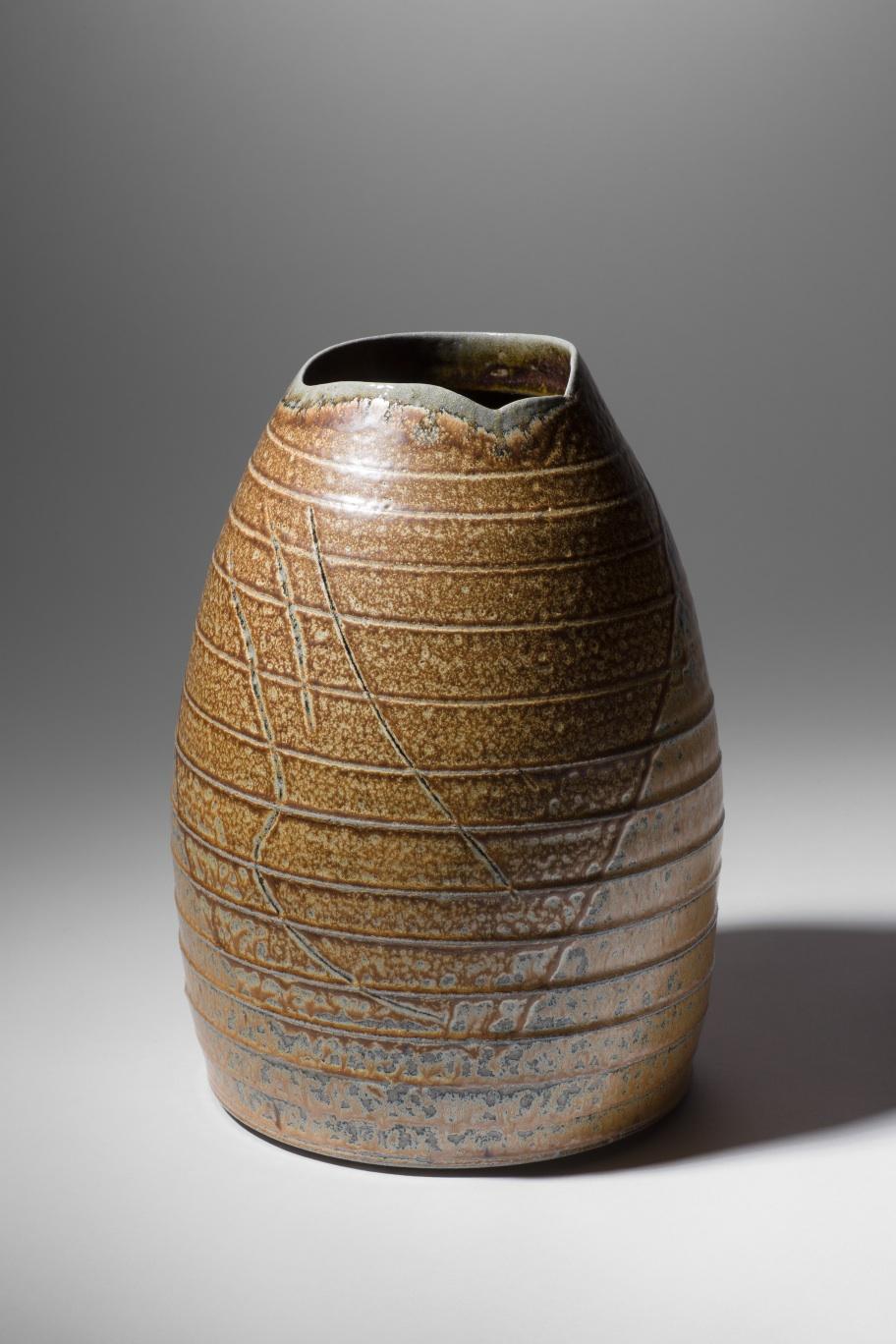 Mandy Parslow, MP04 Barrel Vessel, wood fired salt glazed stoneware, 27 x 18cm, EUR 340