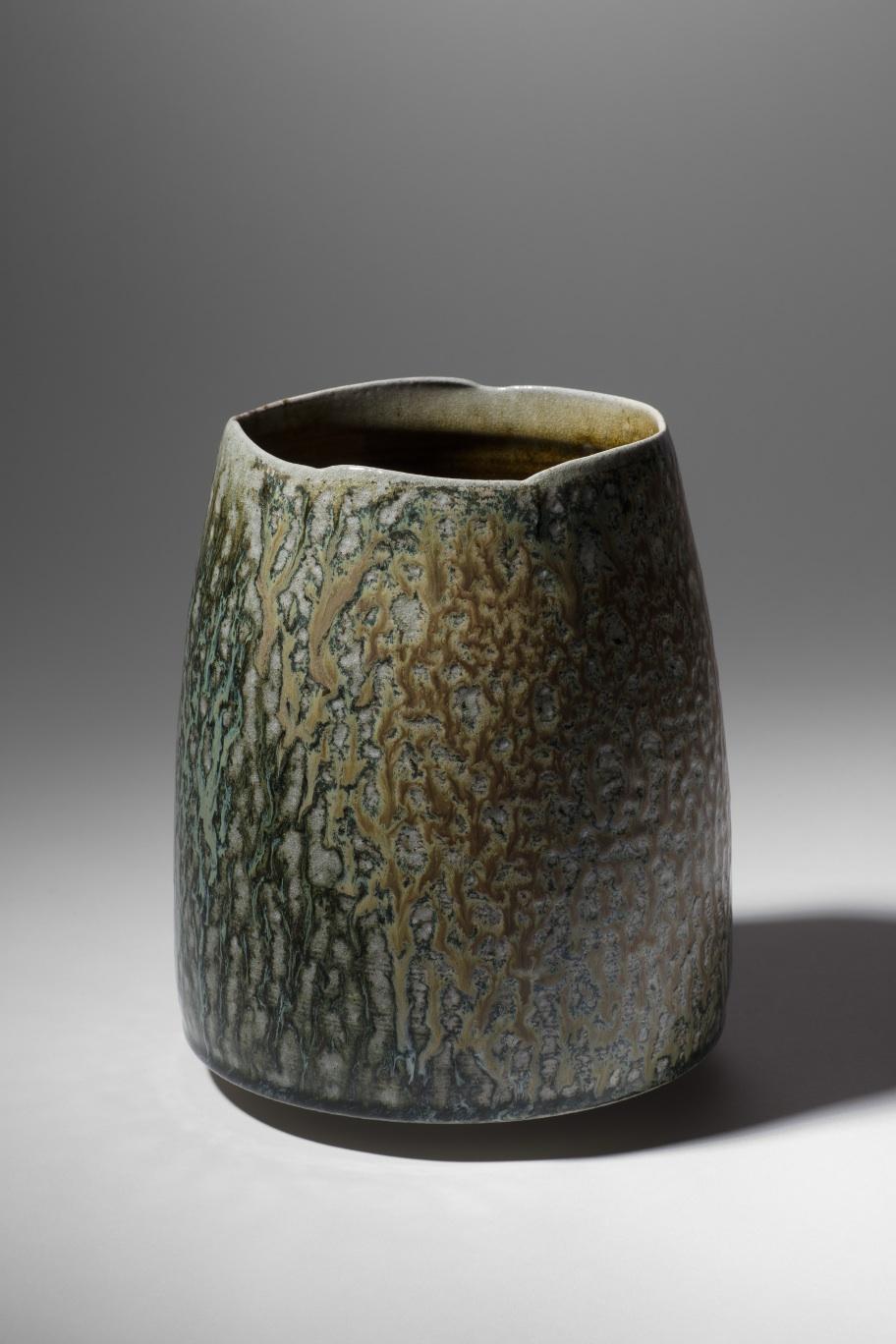 Mandy Parslow, MP05 Barrel Vessel, wood fired salt glazed stoneware, 21 x 17cm, EUR 300