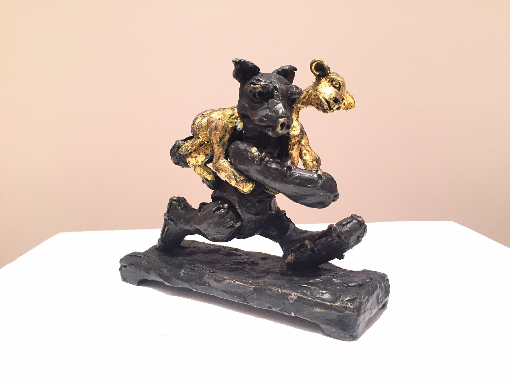 Patrick O' Reilly, Customised Little Bear (lamb), bronze and gold leaf, 13 x 16 x 6cm